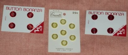 Button Bonanza / Grants Vintage Plastic Lot3 Vintage Yellow and Red Buttons