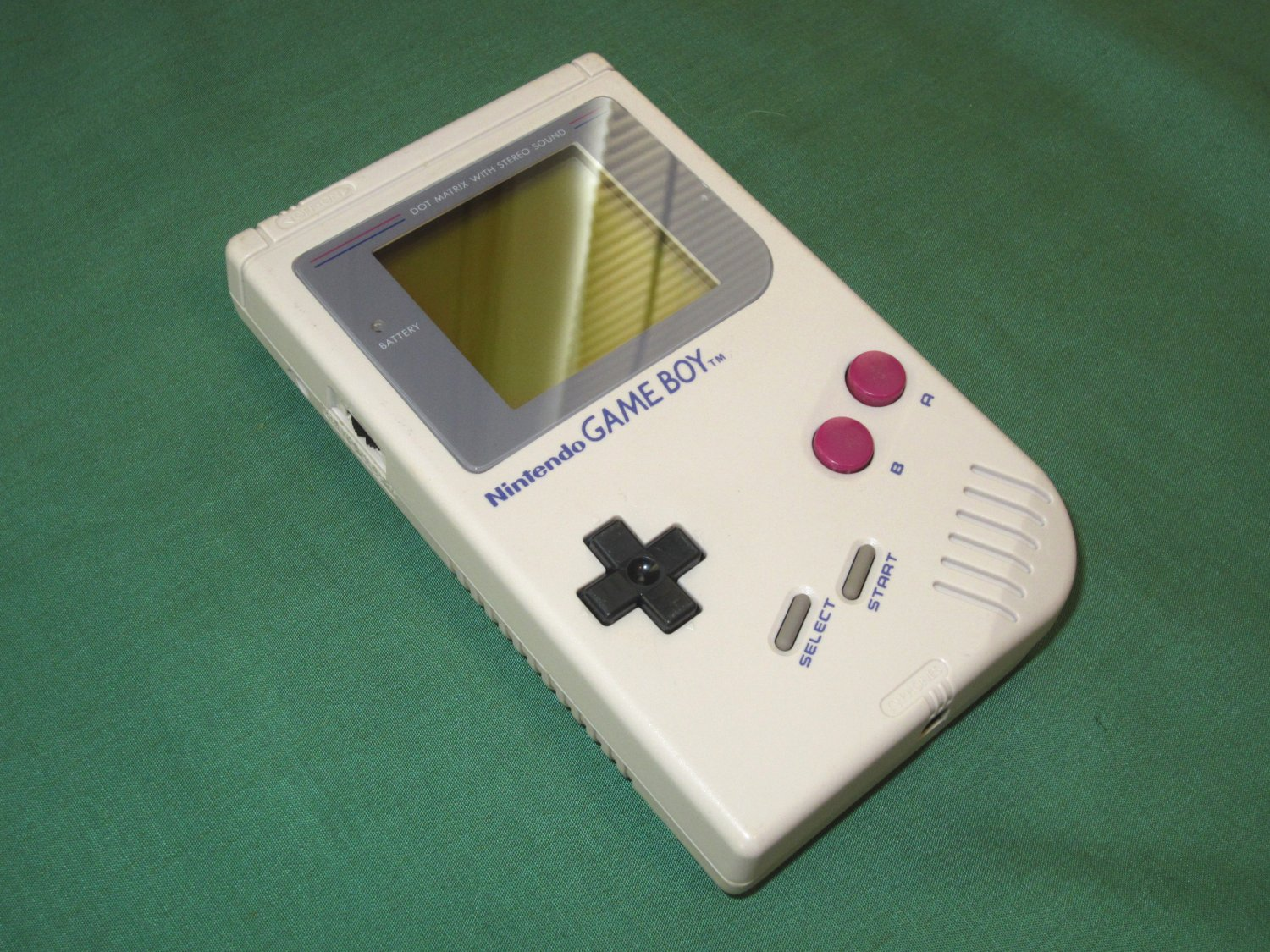 Classic Game Boy System *New Screen*
