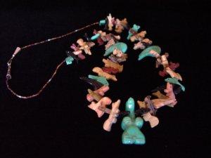 Beautiful Zuni Single Strand Fetish Necklace w/ Turquoise Bear