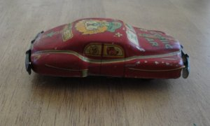 1953 Tin Friction Red Litho COMIC Car