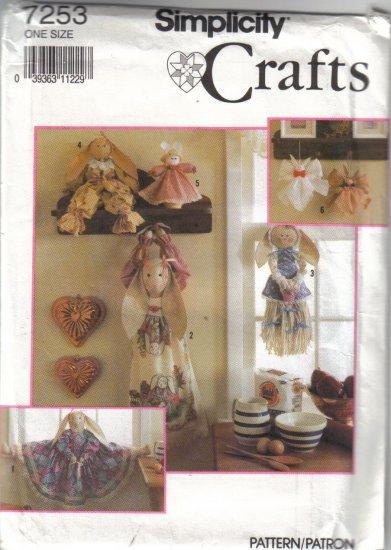 7253 Simplicity Crafts-Bunny Bazaar Items