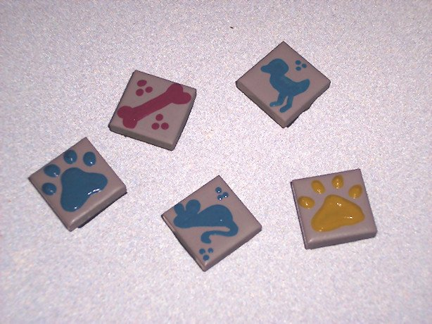 5 pack   TILE MAGNETS Ceramic Painted Pet designs 1 inch Refrigerator magnets 2010069