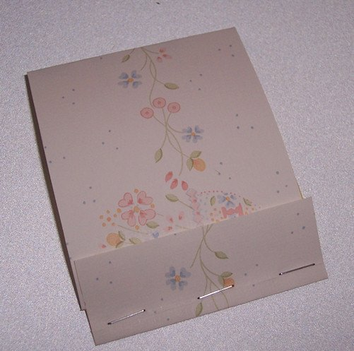 POST IT PAD and HOLDER Recycled  from WALLPAPER SAMPLE Made in USA #2010088