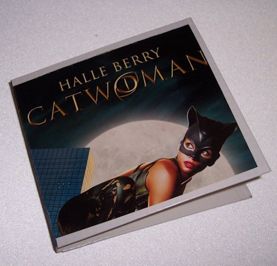 POST IT PAD and HOLDER Recycled  from CATWOMAN VIDEO BOX Made in USA #2010090