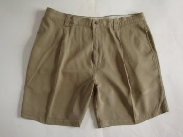 Tommy Bahama Men's Casual Pleated Beige Golf Shorts - sz. 40