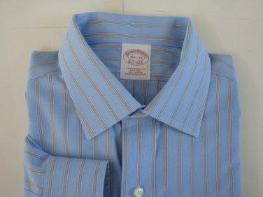 Brooks Brothers Non- Iron Classic Fit Men's Dress Shirt - sz. 15 1/2 - 33