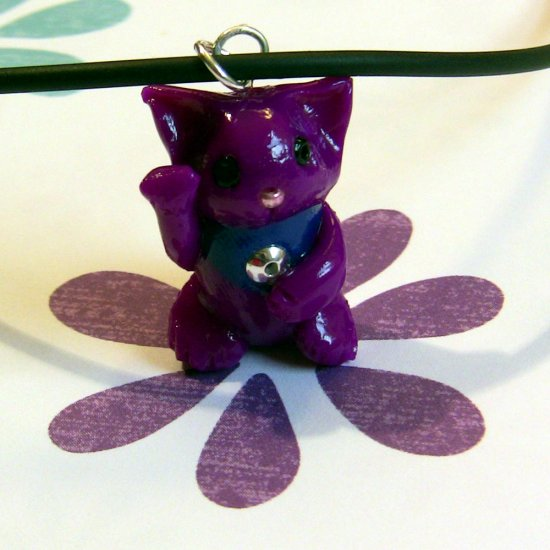 Violet Purple Maneki Neko Lucky Cat Necklace
