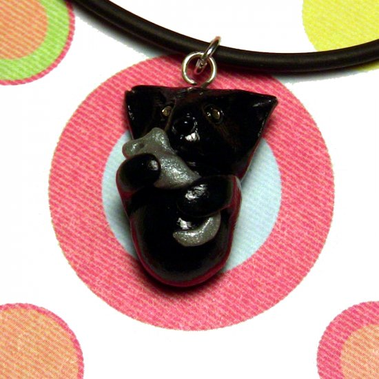 Kitty Hugging Mouse Black Animini Necklace