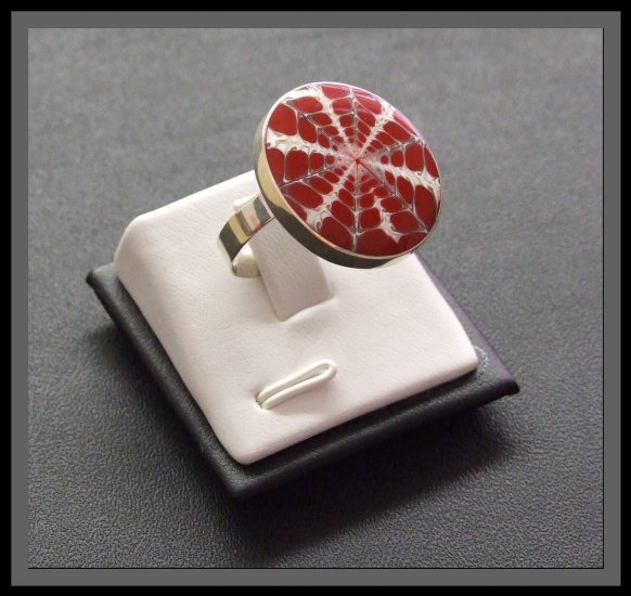 Adjustable Silver Ring with Shell - Red & White