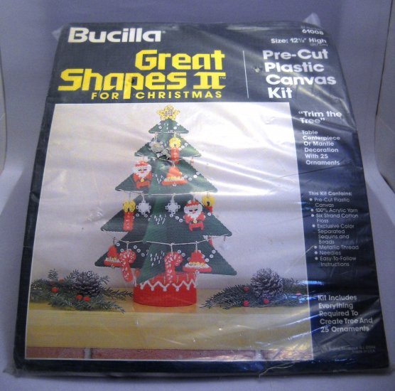 Needlepoint plastic canvas kit from Bucilla (Made in USA) - Tree and 25 ornaments