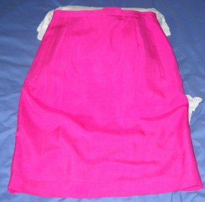 Dana Buchman Classic Silk Straight Skirt Lined With Back Kick Pleat - Size 12