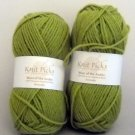 Knit Picks Yarn Wool of the Andes 110 yd (50 gram) - Lot of 2 skiens clr Avocado ( lot 37564)