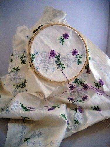 Bucilla Everywoman's Family Circle - Belgian Linen - 20 inch  Add-A-Square - No. 30951  Cornflower