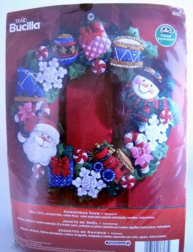 Plaid Bucilla Felt Applique Christmas Wreath Kit - Christmas Toys 86363