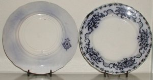 Mentone Flow Blue Plate by Meakin - B0014