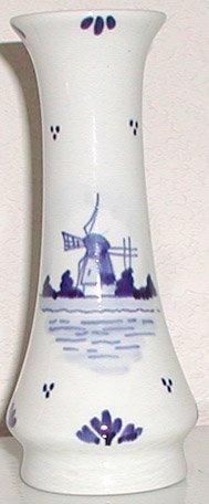Blue and White Delft Vase - B0021
