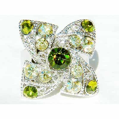 Swarovski Crystal Lucky Green Four Leaf Clover Shamrock Ring