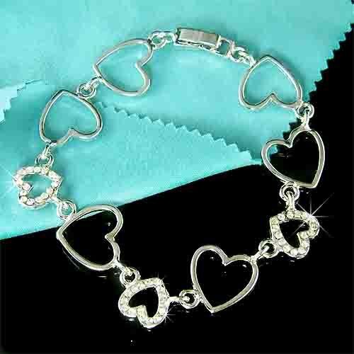 Swarovski Crystal Cutout Sparkling Heart Bracelet