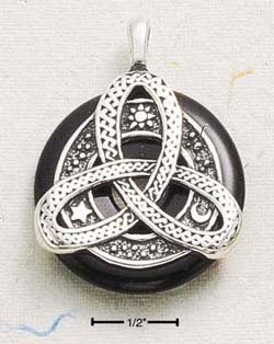 DOUGHNUT W/ LARGE CELTIC KNOT DESIGN (cx216)