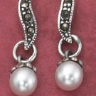 "STERLING SILVER MARCASITE ""S"" POST DROP EARRINGS W/ SYNTHETIC PEARL DANGLE (mer68)"