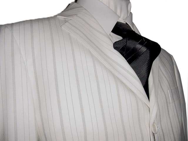 36S Vitarelli 3-Button Men's Suit Off White with Gray Stripes FREE Neck Tie Size 36S