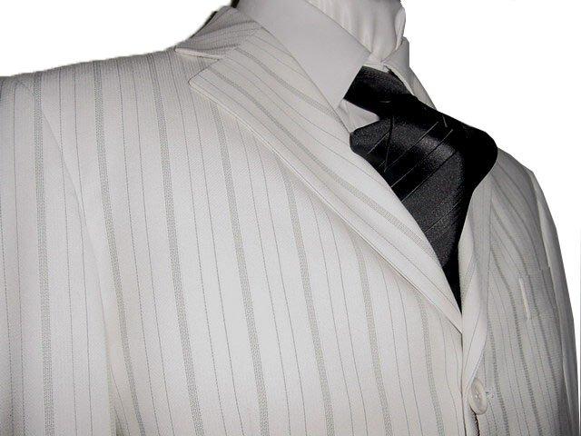 46R Vitarelli 3-Button Men's Suit Off White with Gray Stripes FREE Neck Tie Size 46R
