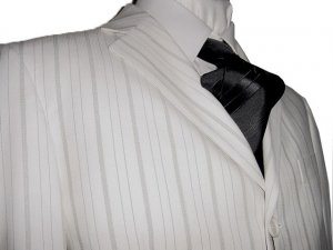 46R Vitarelli 3-Button Men's Suit Off White with Gray Stripes FREE Neck Tie Size 46R