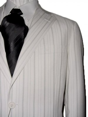 48R Vitarelli 2-Button Men&#039;s Suit Off White with Gray Stripes FREE Neck Tie Size 48R