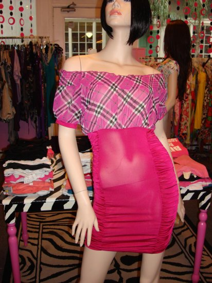 HOT  OFF THE SHOULDER PINK PLAID TOP DRESS SIZE SMALL 2 - 4