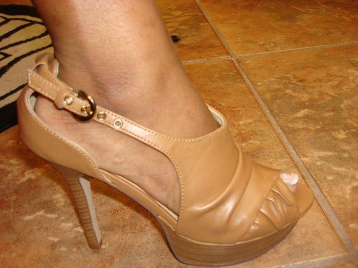 Open Toe Tan platform Heel Size  7 1/2