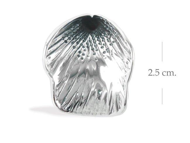 Beautiful flower 925 Sterling Silver Pendant