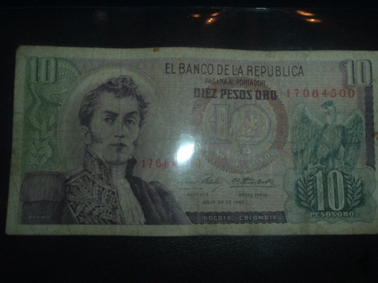 Diez Pesos Oro  (GOLD) Circulated Colombian Paper Money