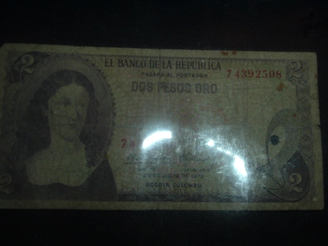 Dos Pesos Oro (GOLD) Circulated Colombian Paper Money