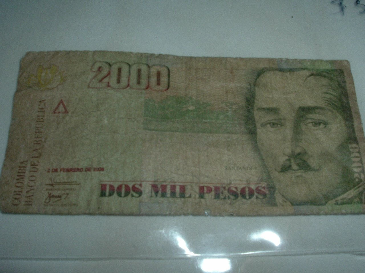 Colombian 2,000 Pesos Paper Currency