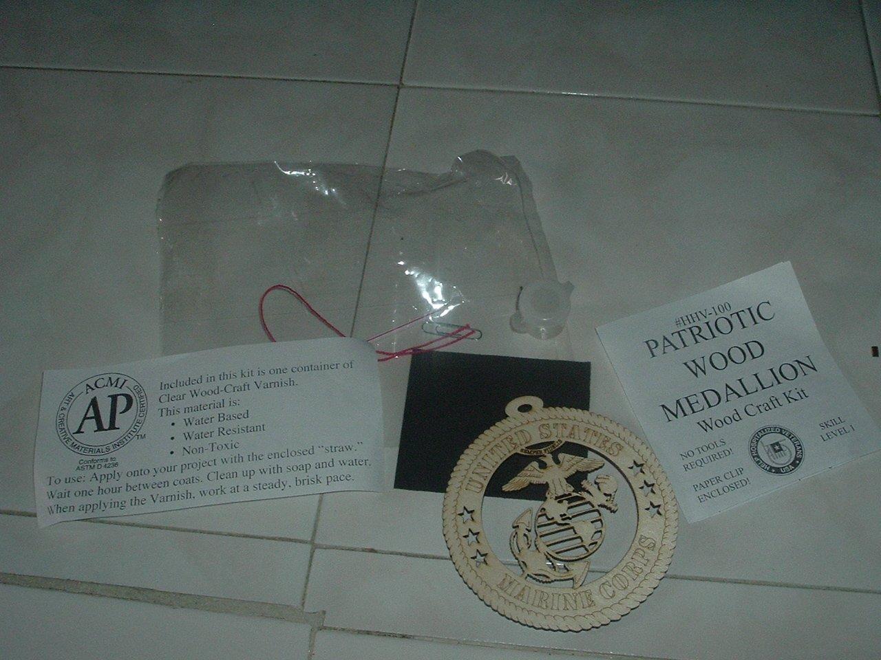 Patriotic Wood Medallion Wood Craft Kit - New