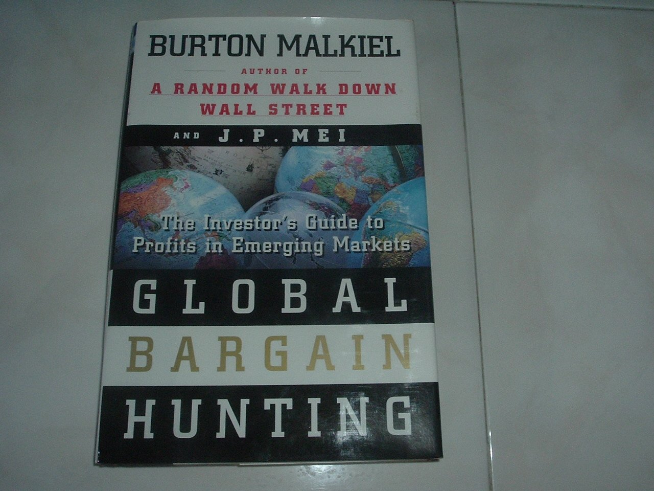 Global Bargain Hunting - Jacketed Hard Cover