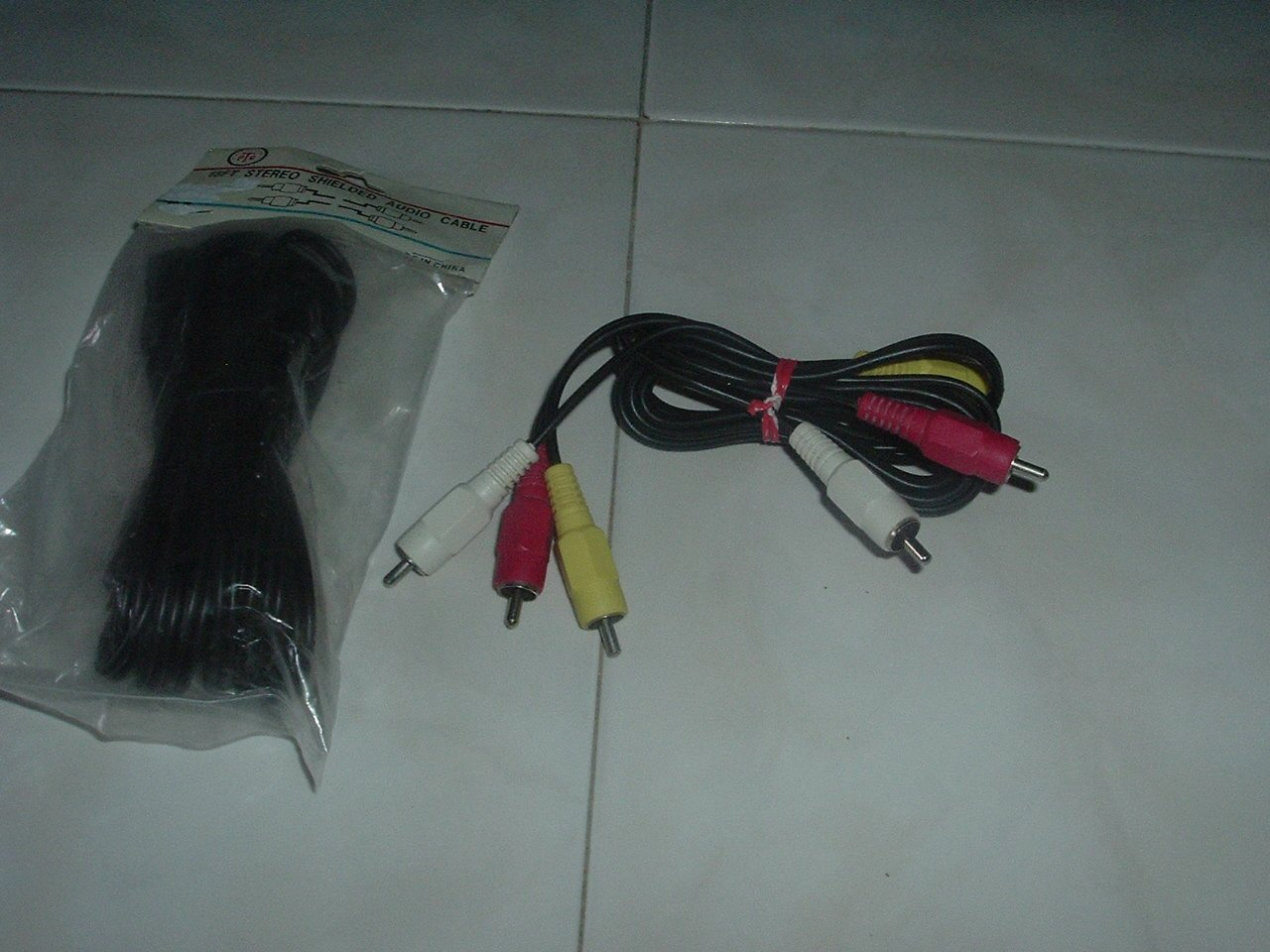 Standard Red, yellow & white RCA Patch Cords - 6 Feet