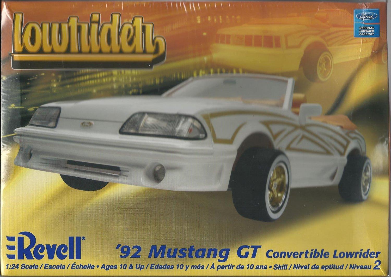 """New 1992 Mustang GT """"Lowrider"""" Model Kit"""