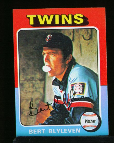 1975 TOPPS MINI #30 BERT BLYLEVEN TWINS  NM