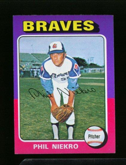 1975 TOPPS MINI #130 PHIL NIEKRO BRAVES NM