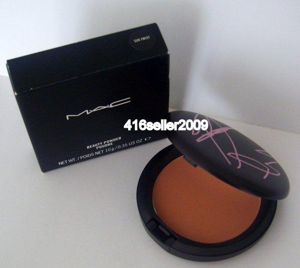 MAC Beauty Powder- SUNTWIST