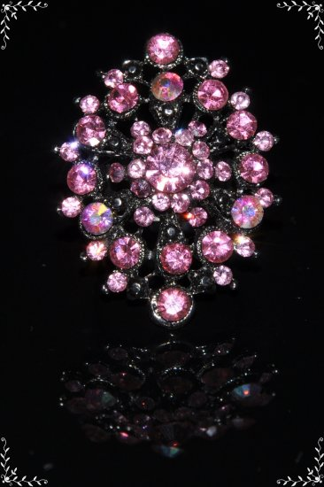 Large pink crystal flower ring R1236