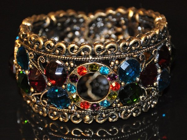 Vintage rainbow color crystal bangle B1004