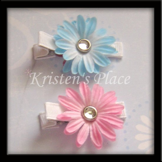 2 Sm Flower Clips - Pink and Blue