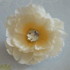 Flower Hair Clip - Peony - Cream