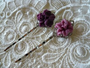 Viola Posy Filigree Floral Hairpins