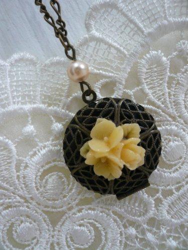 AUTUMN Flower & Pearl Filigree Locket Necklace