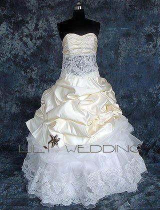 Ballgown Sweetheart Neckline Bridal Dress - Style LWD0069