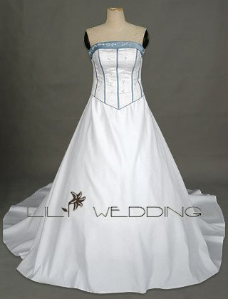 Floral Embroidery Semi-Cathedral Train Wedding Dress - Style LWD