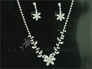 Floral Crystal 3-Piece Jewelry Set